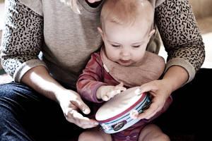 Babysalmesang-baby-mor