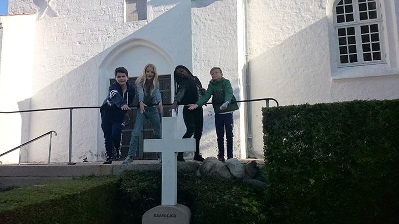 konfirmand-og-kirke4