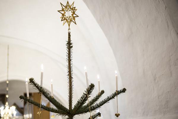 Juletræ med stjerne i toppen
