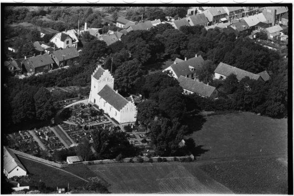 Hvalsø Kirke billedet er taget i 1949