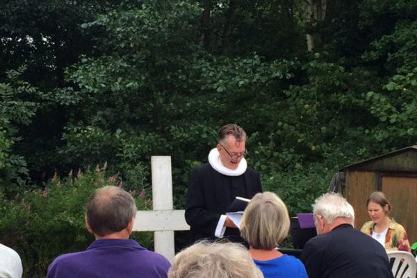 Campinggudstjeneste - Præst Søren E. Jensen